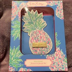 Lilly Pulitzer Tech Pocket for phone BNIB